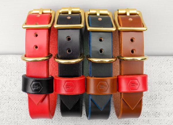 シンプルな革製首輪、デザイン性も高いこだわり派のドッグオーナーにおすすめ|革製犬用首輪|犬グッズ通販HAU