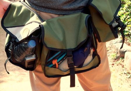 犬のお散歩バッグ,ウェスト/ショルダーバッグ|大容量で携帯、財布、ペットボトル、おもちゃなどを運べる|犬グッズ通販HAU(ハウ)