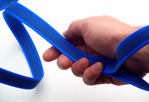 手が痛くならない、擦れない、使いやすいリードです。|FIREDOG ラバーグリップリーシュ|犬グッズ通販HAU